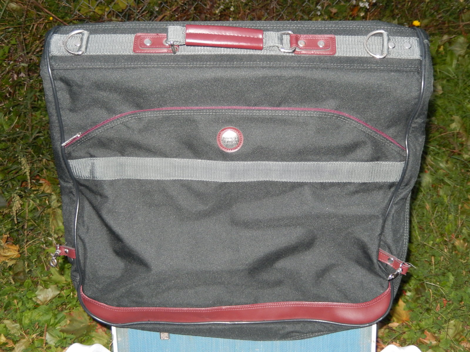 International Traveler Suit Carrier
