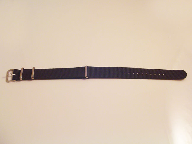 NEW ONE PIECE MILITARY STYLE BLACK NYLON WATCH BAND 18MM, 20MM & 22MM STRAP S38A