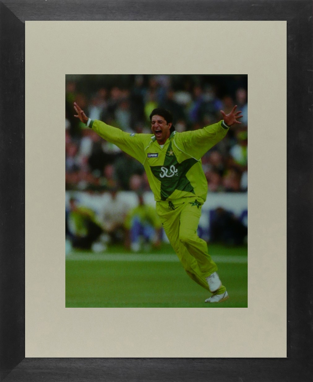 Wasim Akram (Cricket) - Framed Picture 11 x 14