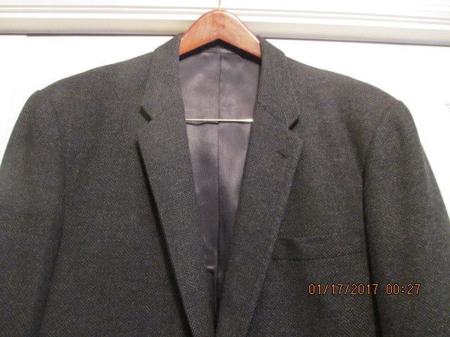 Men's Suitcoat Black Suitcoat