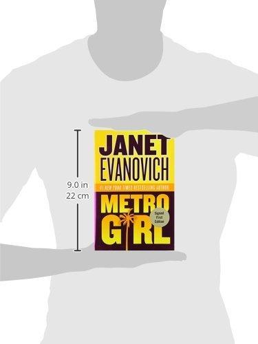 Metro Girl (Alex Barnaby Series #1) [Nov 02, 2004] Evanovich, Janet