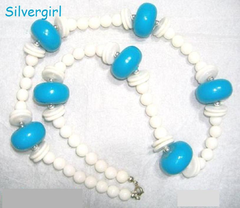 Vintage turquoise white chunky necklace