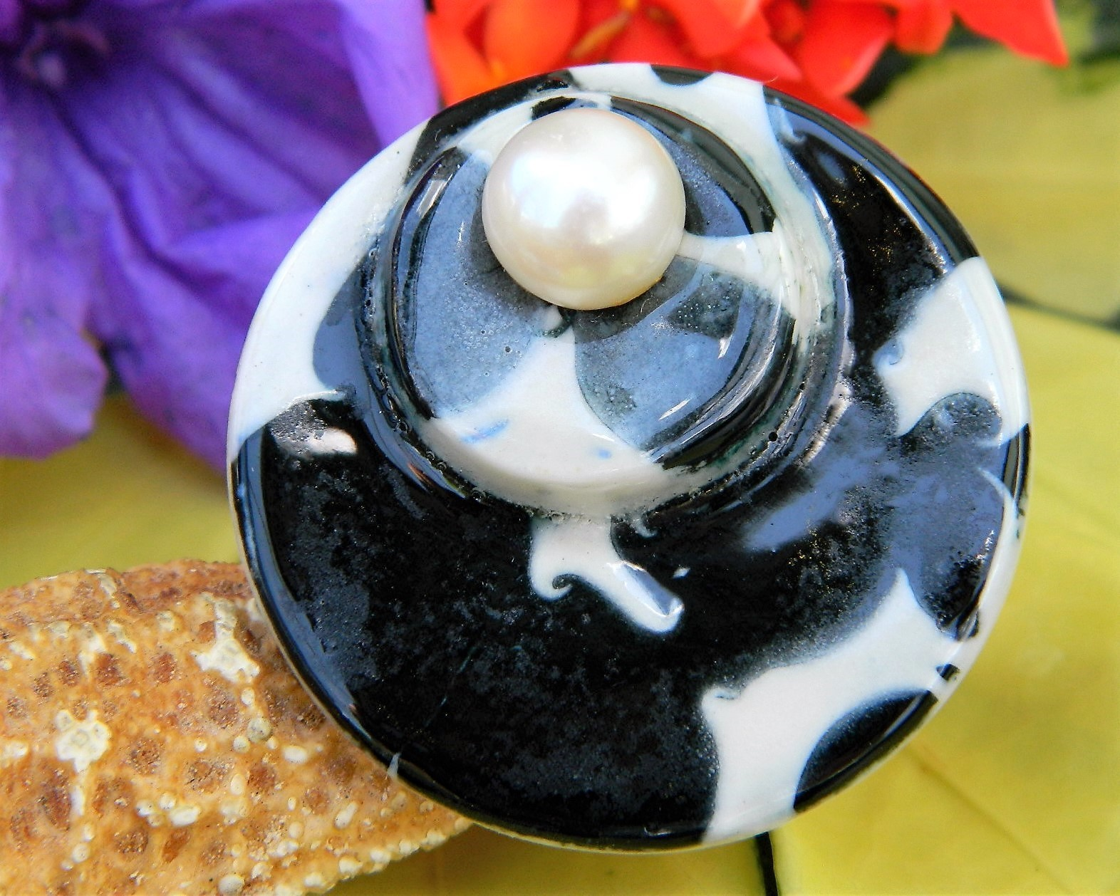 Vintage Black White Brooch Pin Round Circle Faux Pearl Porcelain