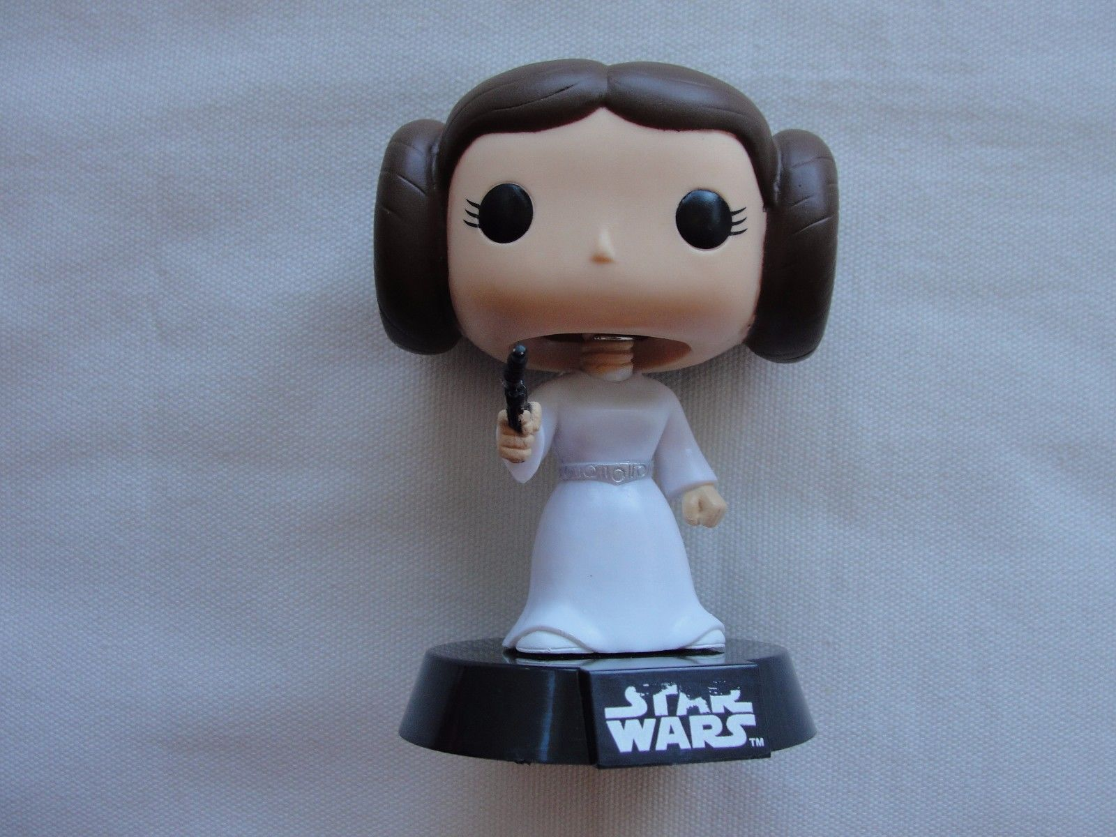 Primary image for *Loose* Princess Leia Pop #04 Star Wars Bobble Head *Loose*  Read Listing