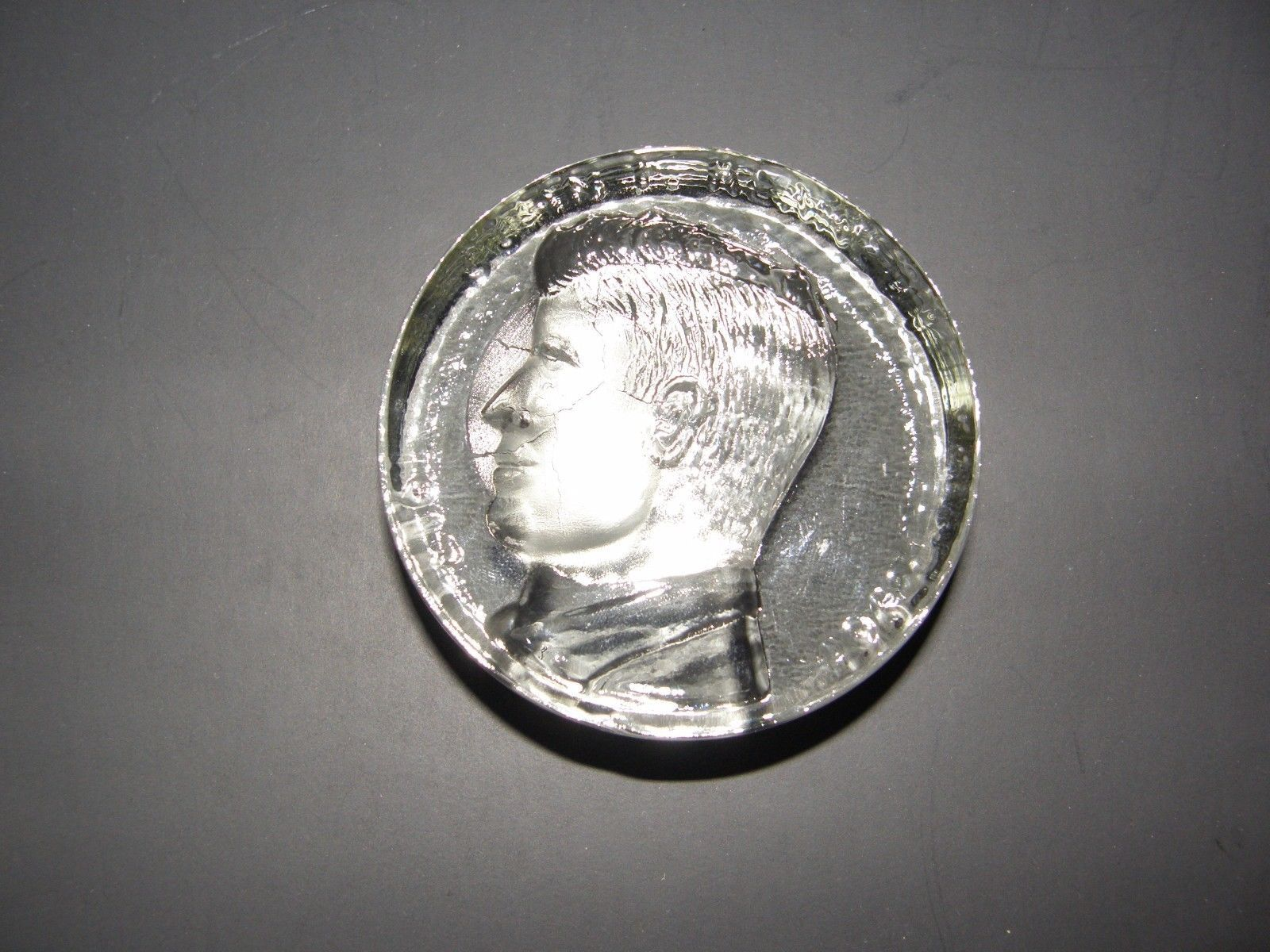 Primary image for JFK JOHN F. KENNEDY HALF DOLLAR CLEAR GLASS PAPERWEIGHT COLLECTIBLE