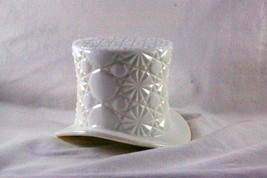 Fenton Daisy & Button Milk Glass Hat - $5.39