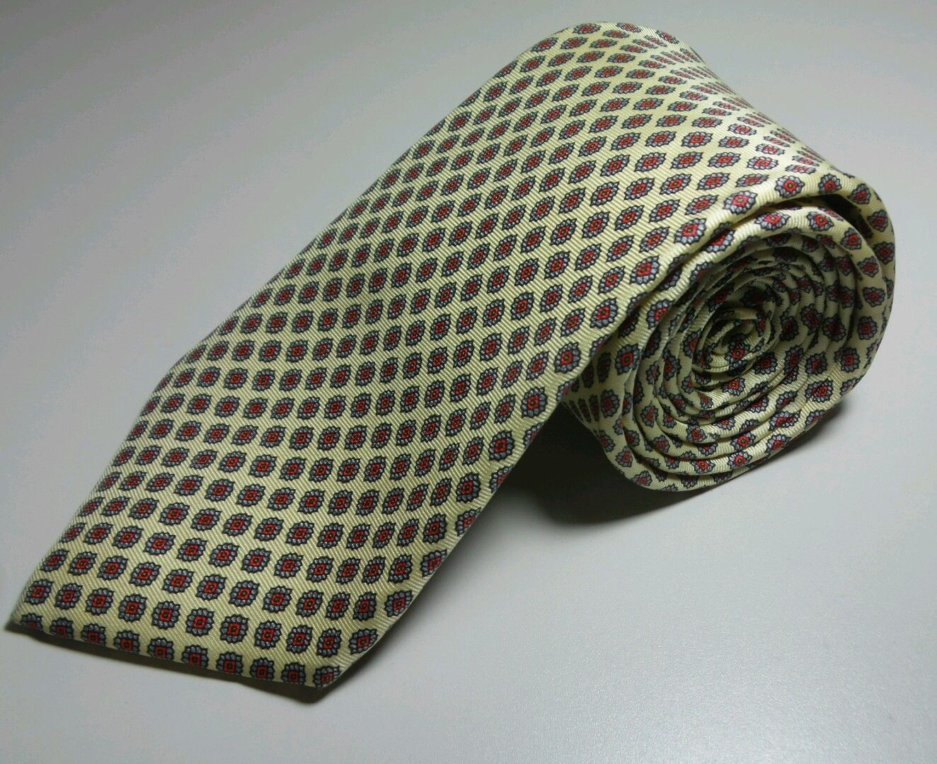 Men's Tie Chaps Ralph Lauren All Silk Made in USA