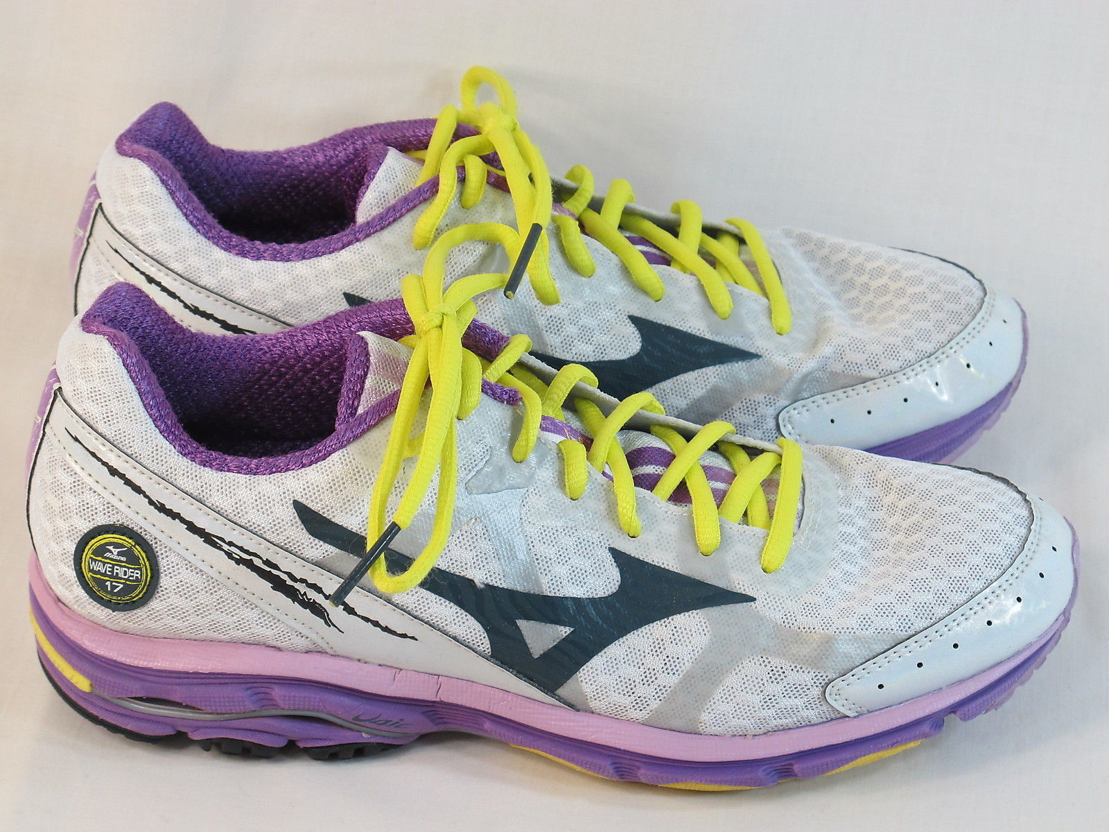 Primary image for Mizuno Wave Rider 17 Running Shoes Women's Size 9 US Excellent Plus Condition
