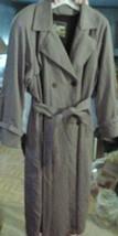 London Fog Womens Trench Coat Jacket sz 10 Reg belted & lined Vintage - $49.99