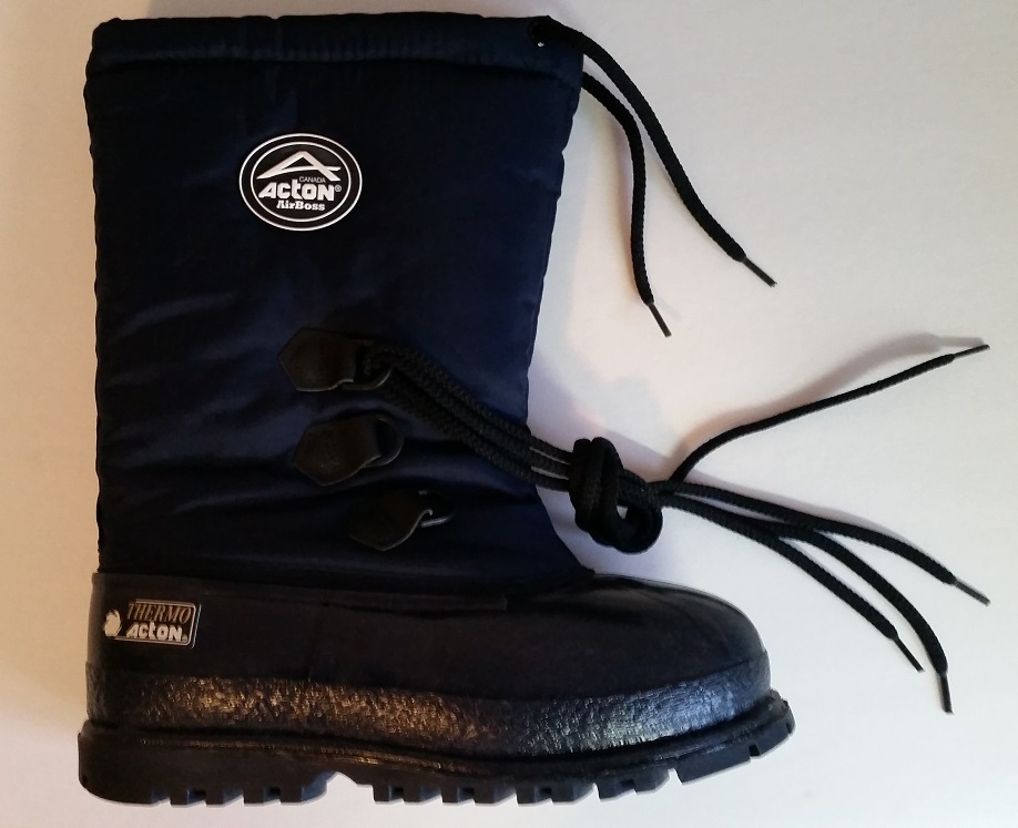 Primary image for Acton Youth's IGLOO Thermo navy boots w/removable liner - MADE IN CANADA - -58F