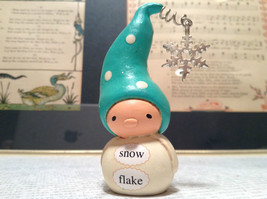 White Body Green Hat Snow Flake Handmade Resin Mini Figurine Bea Wee's