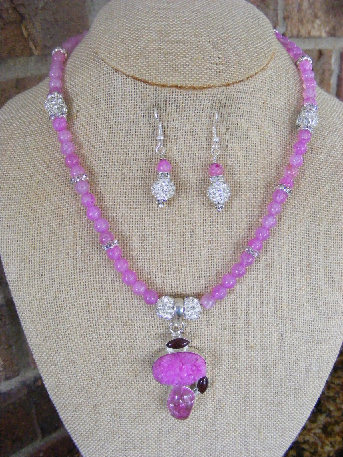 Primary image for HANDMADE 6mm LAVENDER PINK DRAGON VEIN BEADED PINK DRUZY PENDANT  TOGGLE  CLASP