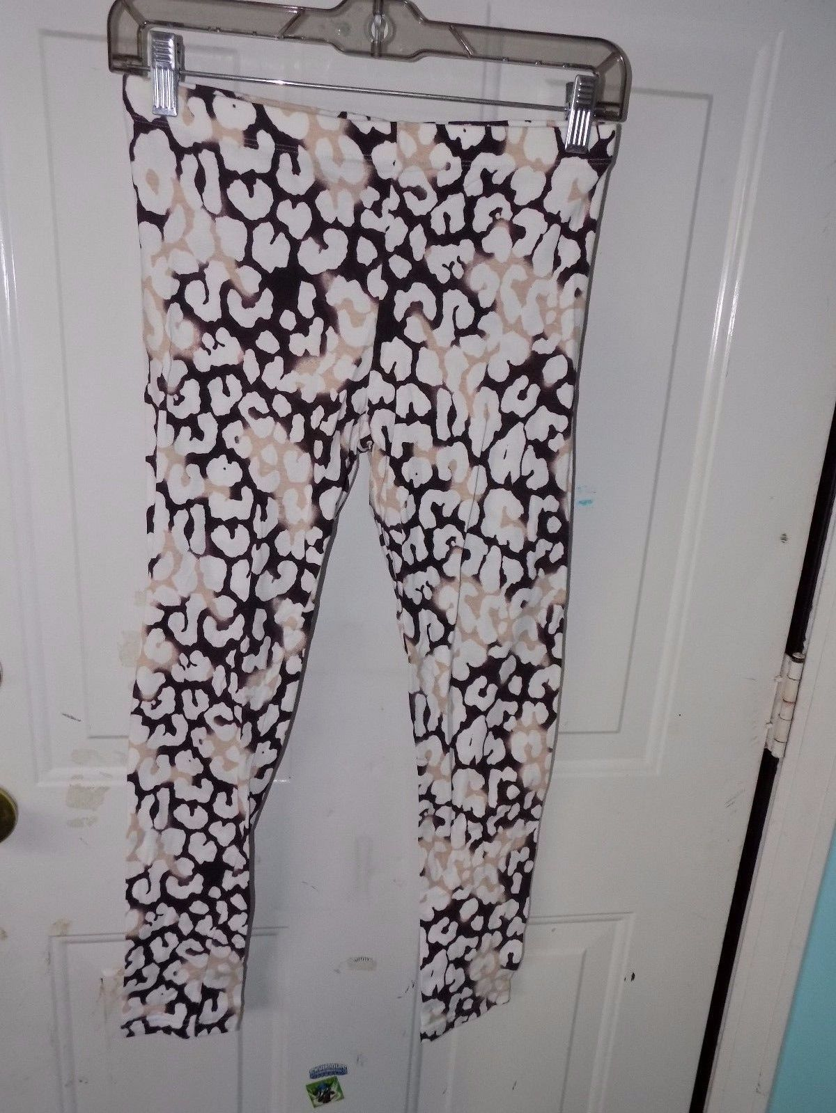 Primary image for RUE 21 BROWN ANIMAL PRINT LEGGINGS SIZE M WOMEN'S EUC