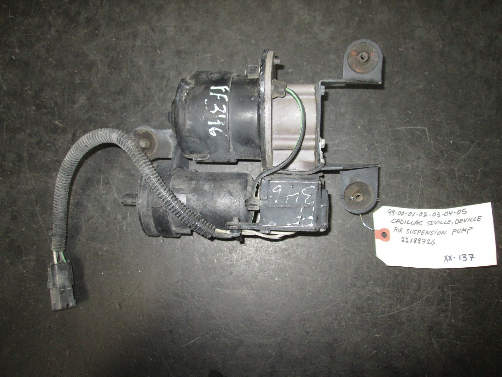 Primary image for 99 00 01 02 03 04 05 CADILLAC SEVILLE AIR SUSPENSION PUMP #22189726 *See item*