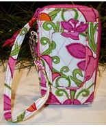 Vera Bradley All In One Wristlet Wallet Purse Zip Around ID Floral Lilli Bell - $19.00