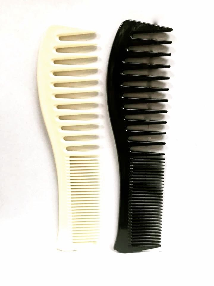 "2 REDMINK CUT & DETANGLING COMB BLACK AND OFF WHITE 7.5"" RM-1005"