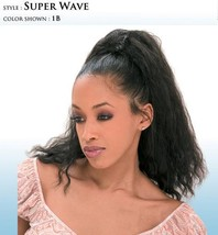 SHAKE-N-GO FREETRESS SUPER WAVE DRAWSTRING PONYTAIL NATURAL WAVY PONYTAIL