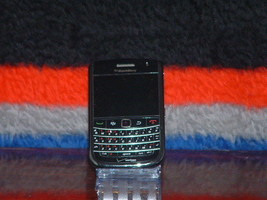 Pre-Owned Verizon Black Blackberry Bold 9650 Cell Phone - $9.90