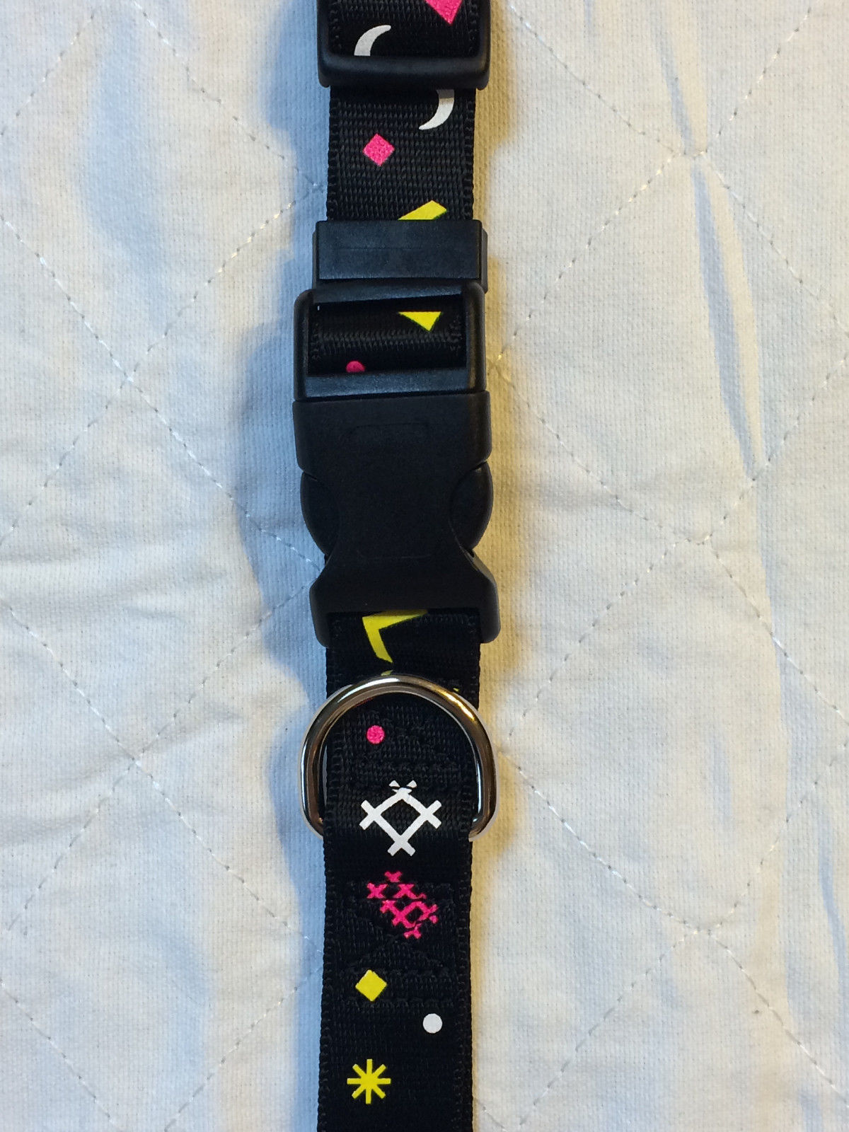 "BLACK POLYESTER SQUIGGLE KWIK KLIP LARGE DOG COLLAR ADJUSTABLE TO 26"" LARGE"