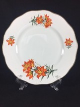 Elizabethan Prairie Lily Fine Bone China Orange Scalloped 1 Dinner Plate  - $23.01