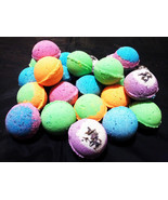6Pcs Assorted Stress Relieving Moisturizing Fizzy Bath  Bombs - £7.33 GBP