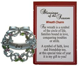 Blessings of the Season Christmas Wreath Charm With Story Card! (Joy) - $73,68 MXN