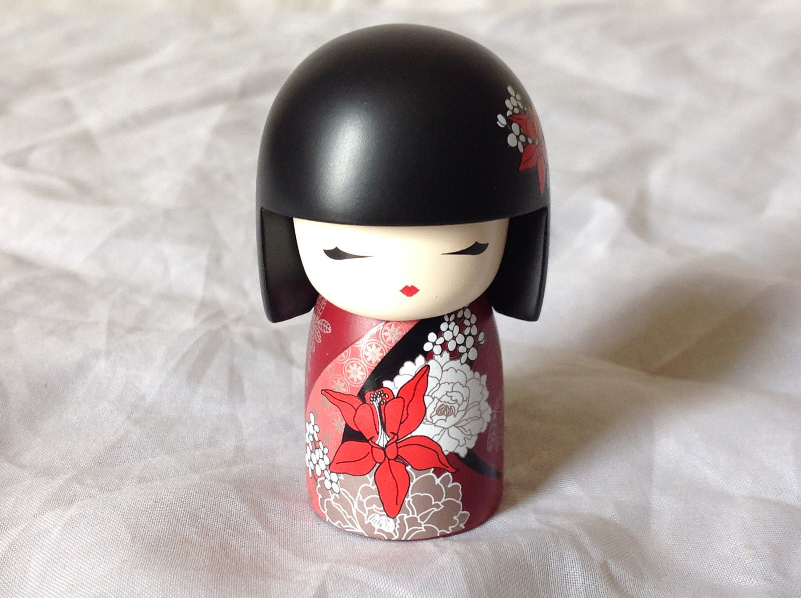 Nabuko Believe Kimmi Mini Doll Black Hair and Red Flowered Dress Asian Style