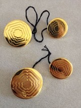 Lot of 4 Vintage Mid Century Solid Bright Brass Engraved Shank Buttons 2... - $21.24