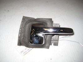 Lincoln Town 1996 Car Front Right Door Handle OEM - $12.69