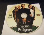Un Vecino Peligroso (The Whole Nine Yards) (DVD) - Disc Only!!!