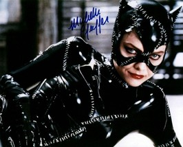 MICHELLE PFEIFFER Cat Woman Batman movie autographed 4 x 6 glossy reprin... - $3.79