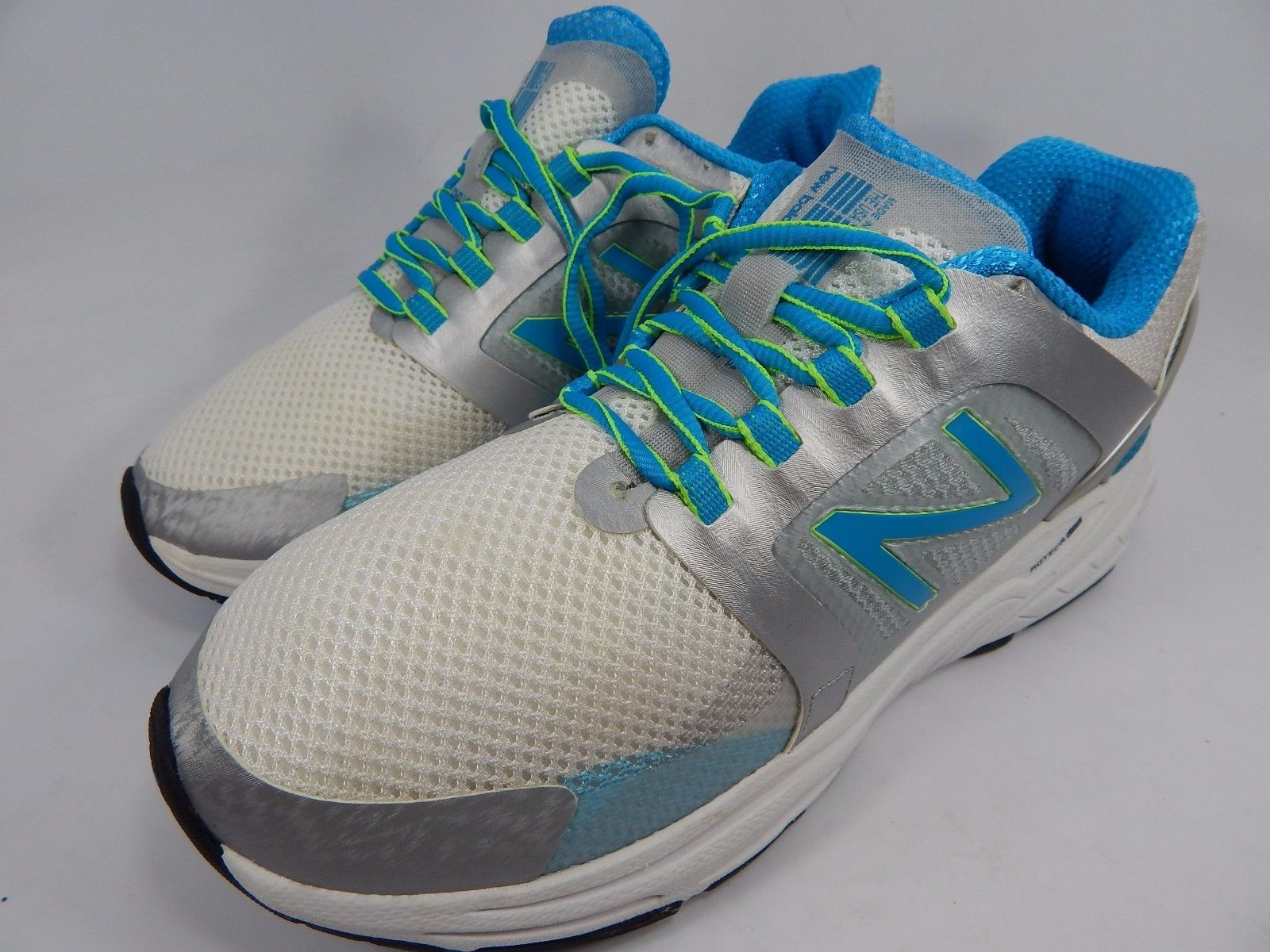 MISMATCH New Balance 3040 v1 Women's Shoes Size 8 M (B) Left & 7 D WIDE Right