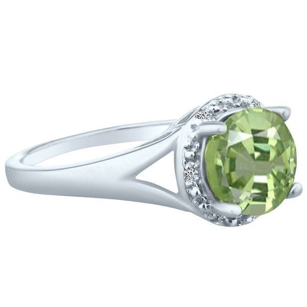 .83 tcw Unique Cushion Cut cr Emerald & Round Diamond Ring 10k White Gold