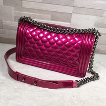 Authentic Chanel Boy Medium Patent Fuchsia Pink Flap Bag image 2