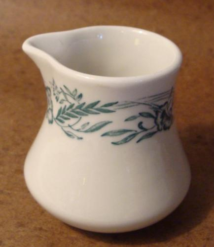Vintage Mayer China Marilyn Individual Creamer Syrup Restaurant Ware Green Cream