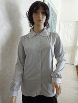 VERY PRETTY GRAY BLOUSE with A STITCHED SCALLOPED COLLAR (#0962). - $6.99