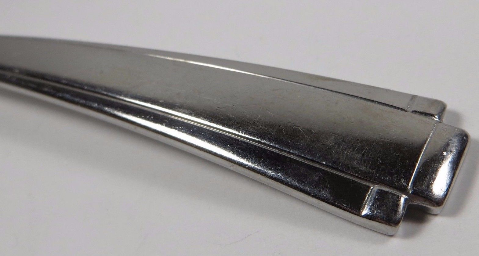 "Oneida ETAGE Tablespoon Serving Spoon Stainless Heirloom Glossy USA 8.25"""