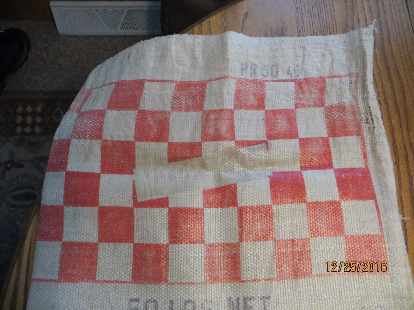 RALSTON PURINA CHOWS COMPANY ADVERTISING CHECKERBOARD SQUARE FEED & SEED BAG