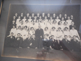 Class of '29 School Photo Framed 50 Young People 1 Adult No Smiles Reyno... - $30.00