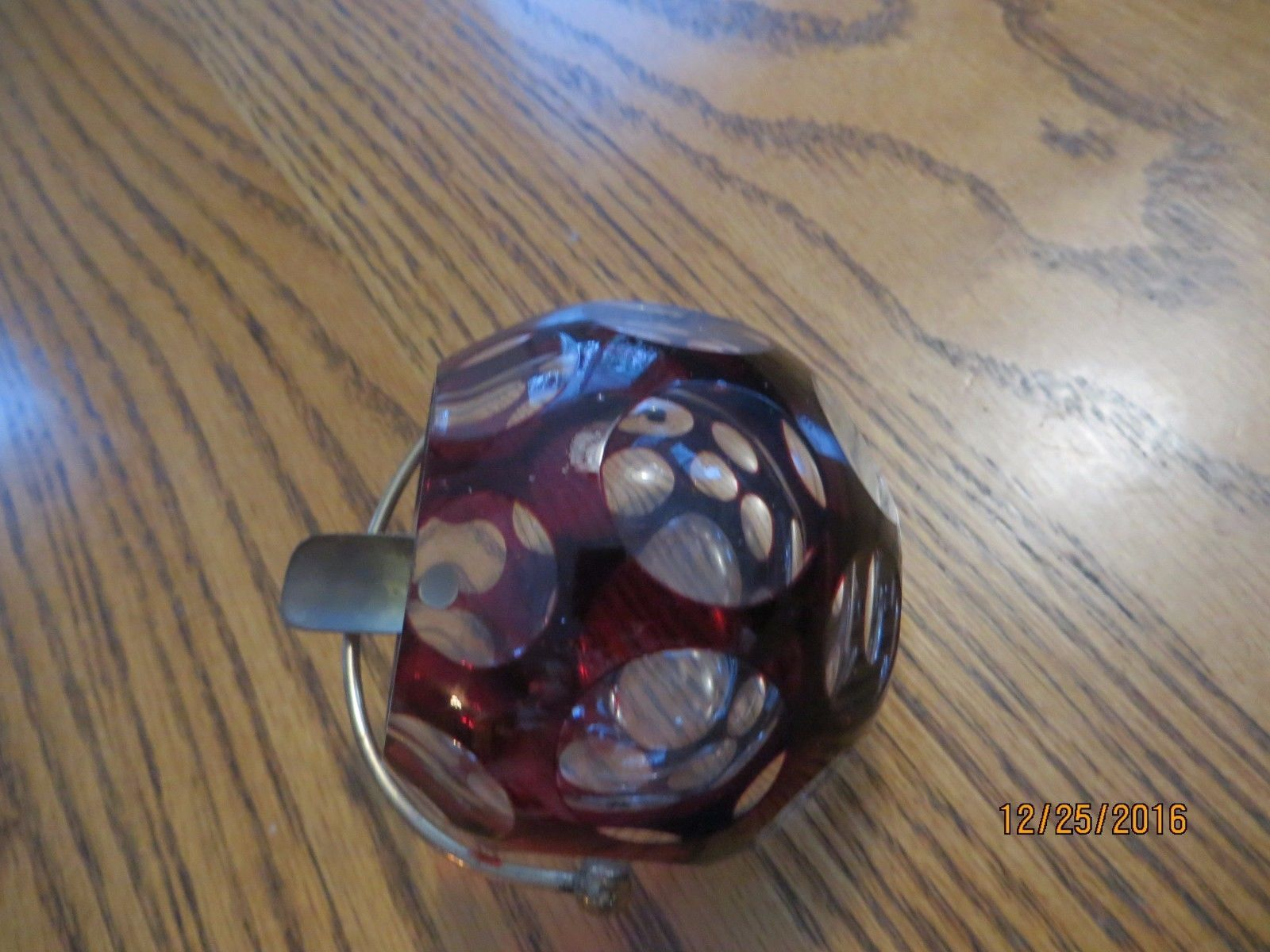 VINTAGE GLASS DOTS RETRO 1950'S ASHTRAY BEAUTIFUL AND SCARCE SINGLE HOLDER
