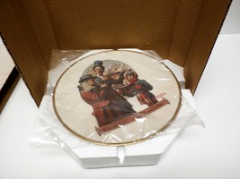Norman Rockwell Christmas Trio Plate 1976 w/ packaging - $25.00