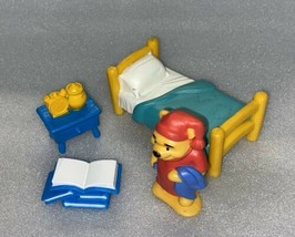DISNEY WINNIE THE POOH BED TIME WITH POOH BEAR PLAYSET Mattel 66753 -Com... - $6.44