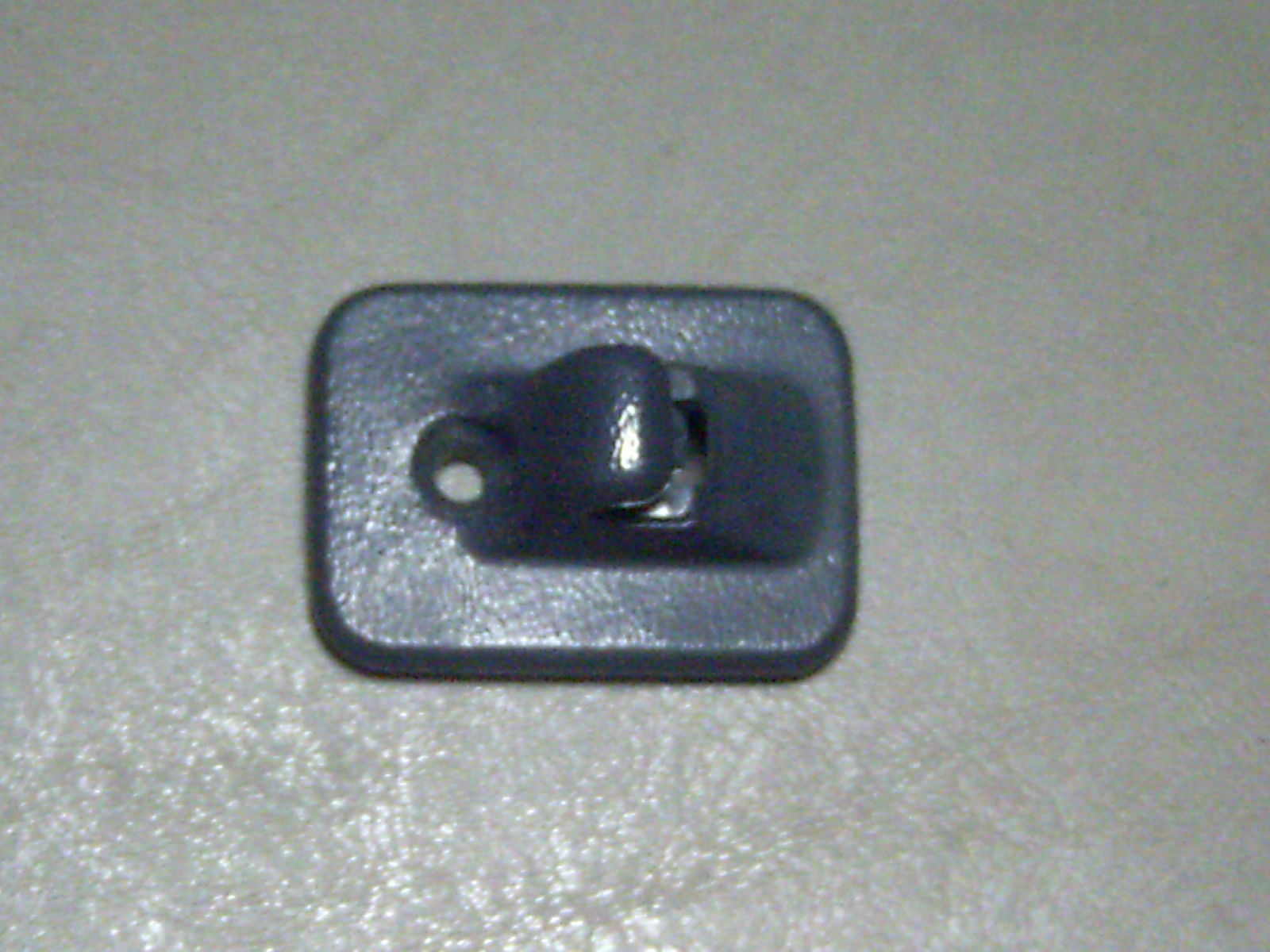 Primary image for 93 1993 Pontiac Grand Prix GREY Sunvisor Sun Visor End Holder Mounting Clip