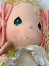 Applause Precious Moments Collectible Cloth Doll Heather #4562 with Locket image 11