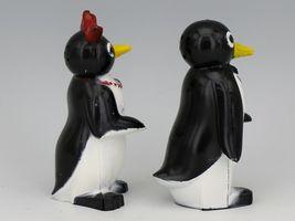 Vintage Novelty Salt & Pepper Shaker Set Willie & Millie Penguin F&F USA image 3