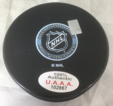 MARIO LEMIEUX / NHL HALL OF FAME / AUTOGRAPHED PITTSBURGH PENGUINS HOCKEY PUCK image 3