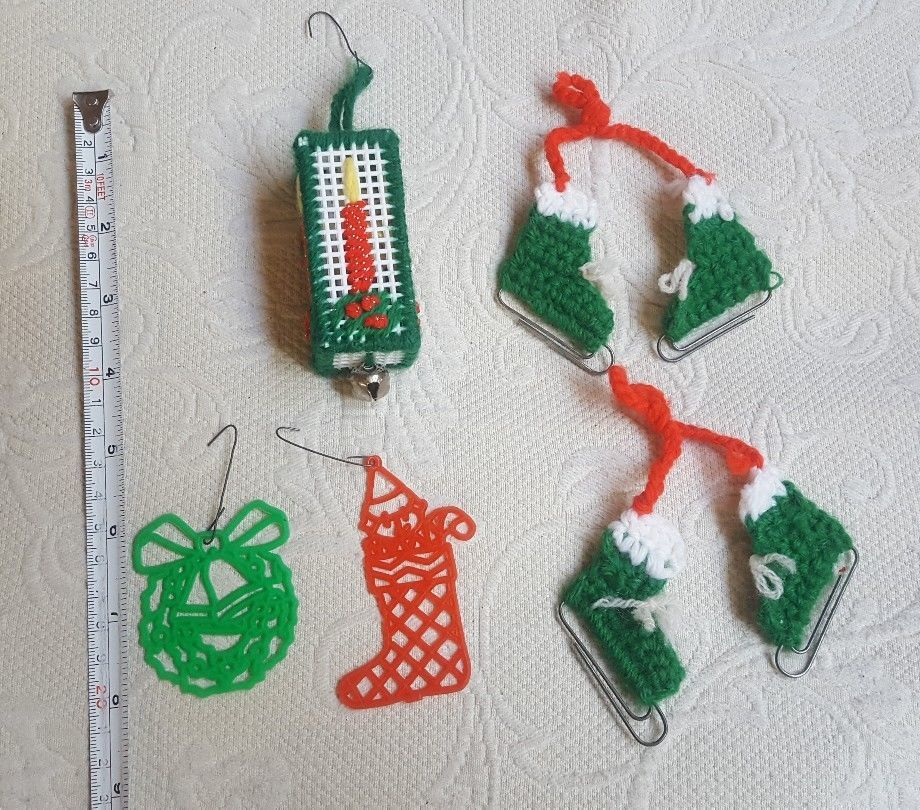 Primary image for 7 Piece Christmas xmas tree holiday Ornaments mixed lot vintage