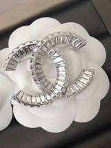 AUTHENTIC CHANEL Baguette Crystal Large CC SILVER Brooch Pin MINT image 4