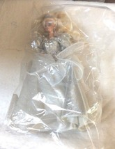 "Happy Holidays Barbie Doll Special Edition (1992) 14""  Product ID:  78 T... - $14.11"