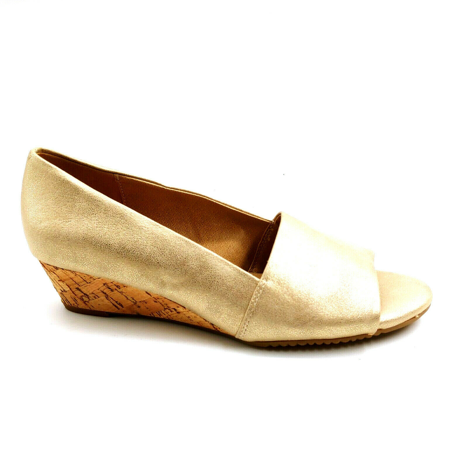 Aerosoles Womans Application Wedge Slide Sandals Gold Cushioned Sz 8.5 M NEW - $37.61
